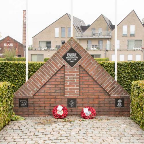 Monument Plumbridge © vzw Spearhead
